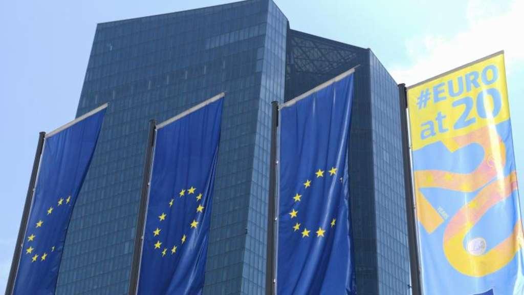 Konjunkturabschwächung - EZB deutet Lockerung der Geldpolitik an