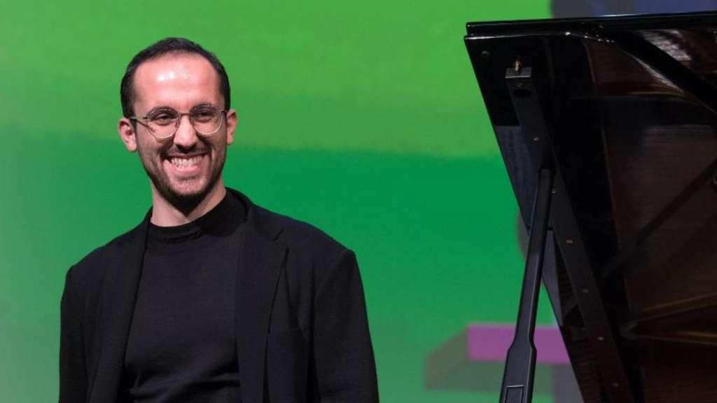 Corona-Krise: Igor Levit beendet Klavier-Marathon - Bühne