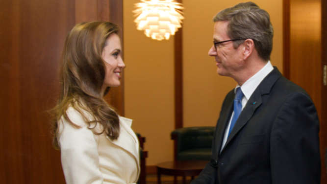 Hollywood-Star Angelina Jolie trifft Westerwelle