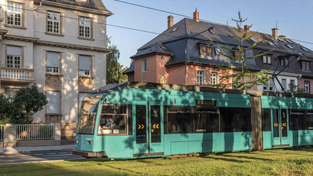 Neue Linie 17 Kommt Immer Besser An Frankfurt