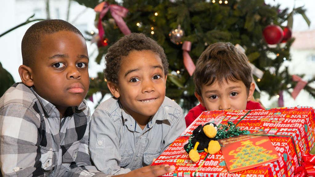 Kinderheim Weihnachtsgeschenke.Weihnachtsgeschenke Für Sozial Benachteiligte Frankfurter Kinder