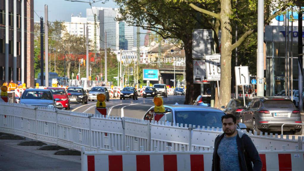 Auch Bei Wenig Verkehr Staut Es Sich Auf Der Hanauer Frankfurt