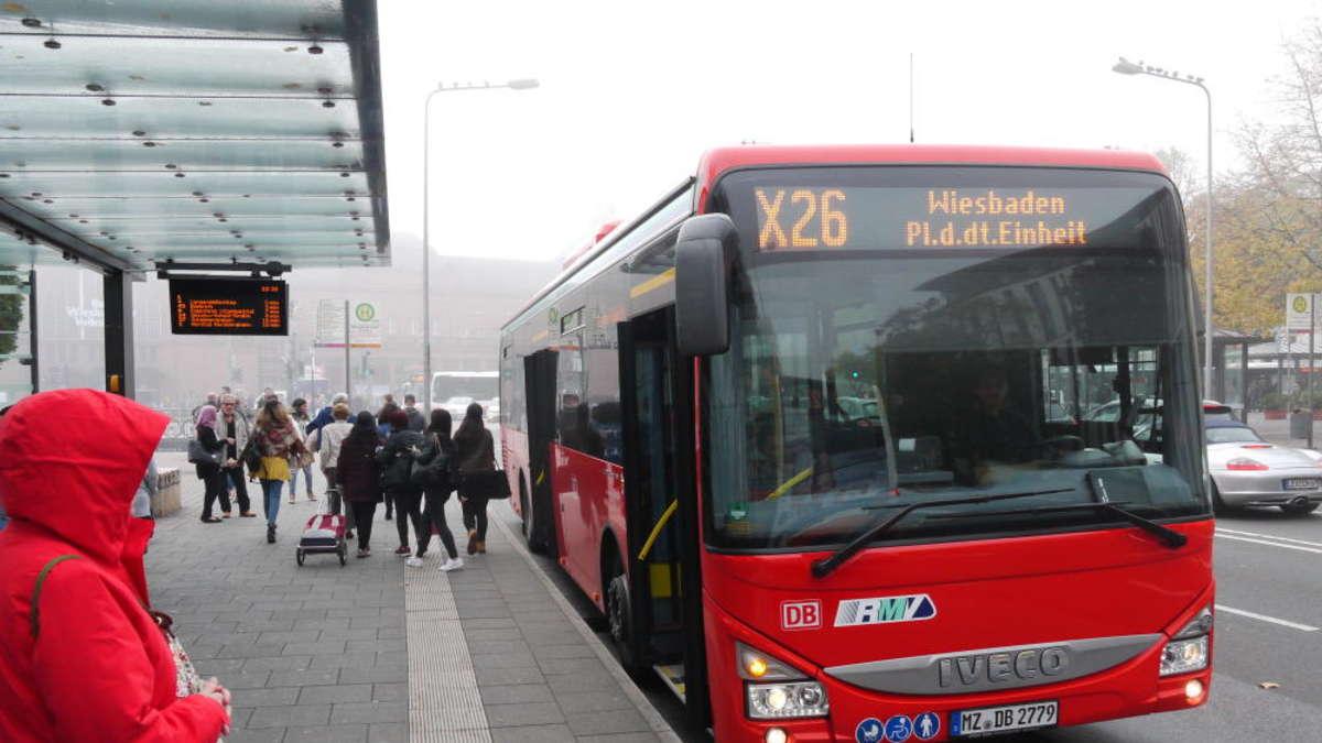 Selbstversuch Mit Dem Express Bus Nach Wiesbaden Hochtaunus