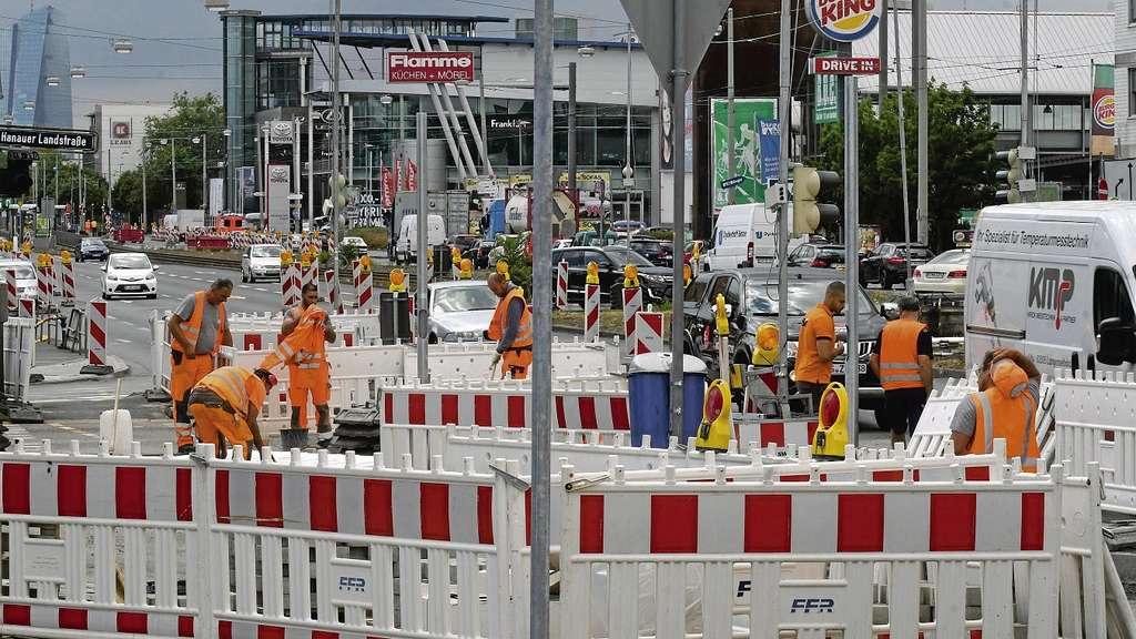 Stadt Plant 100 Baustellen Im Jahr 2018 Frankfurt