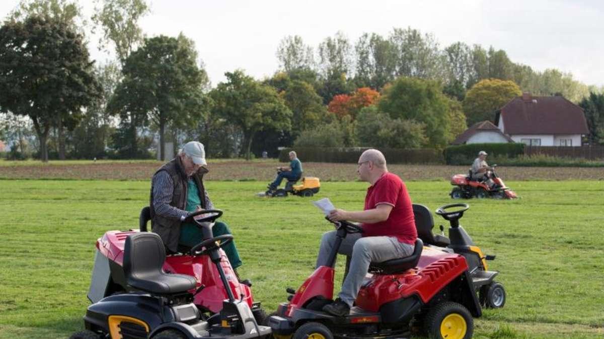rider oder frontmäher: unterschiede bei aufsitz-rasenmähern | wohnen