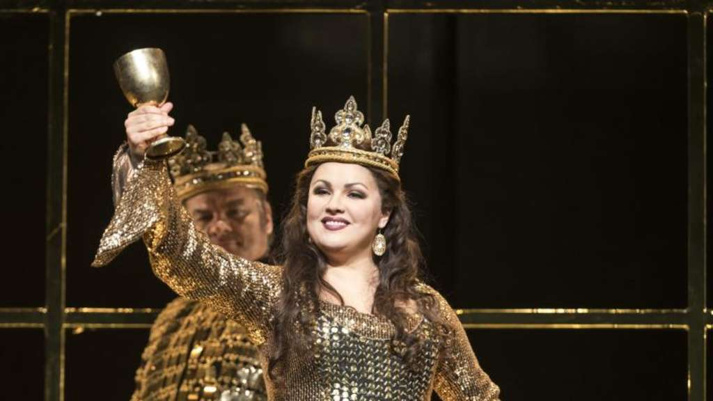 "Anna Netrebko in London als ""Lady Macbeth"" gefeiert"