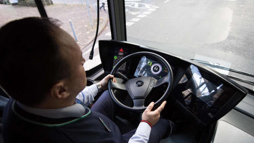 Busfahrer In Frankfurt Dringend Gesucht Frankfurt