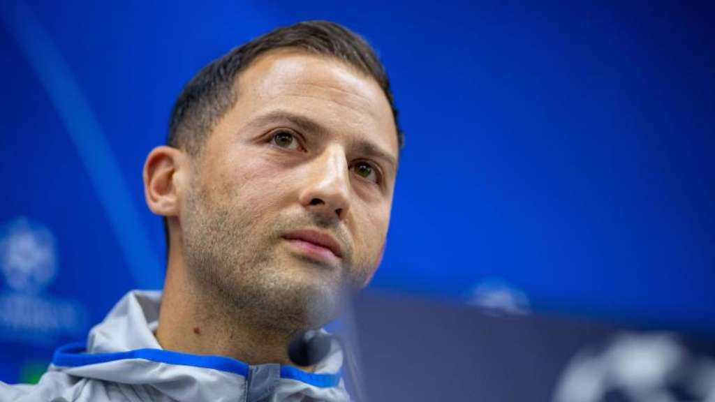 Optimistisch: Schalke-Coach Domenico Tedesco.