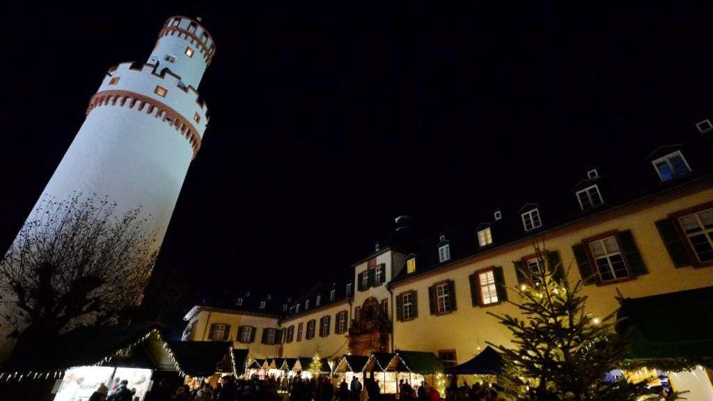 Weihnachtsmarkt Bad Homburg.Stadt Setzt Auf Den Dreiklang Weihnachtsmarkt Eiswinter Und