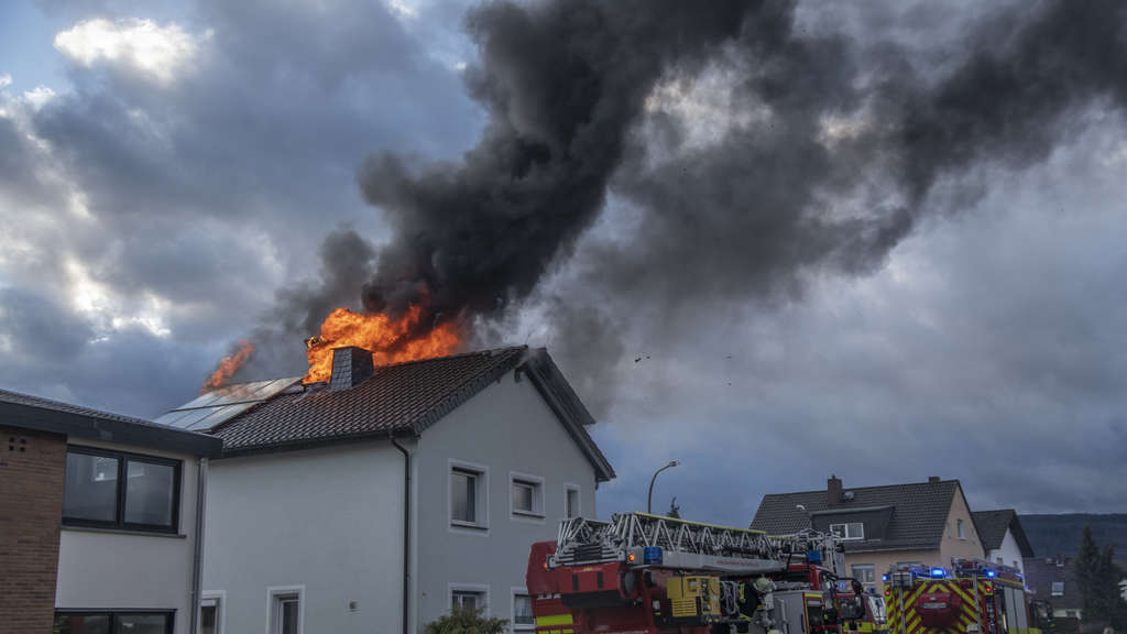 Dachstuhlbrand in Bad Homburg-Kirdorf