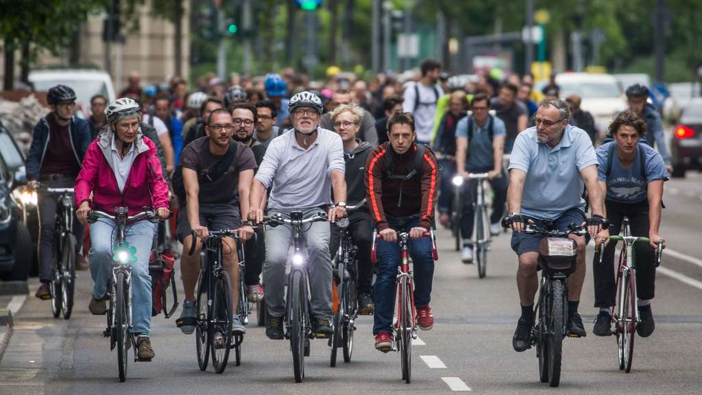 """Critical Mass"" in Frankfurt am Main"
