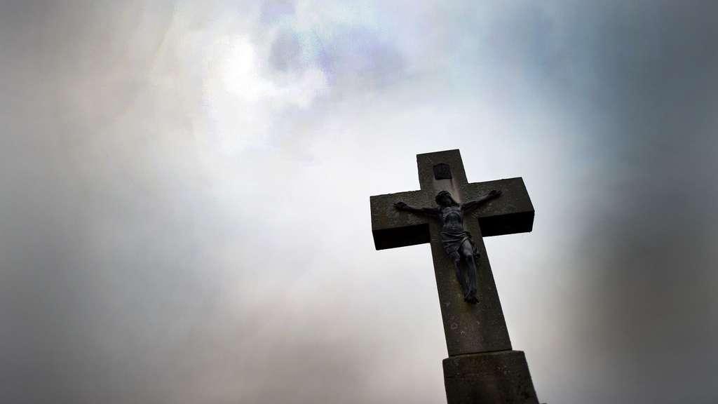Runkel Hessen: Chaoten randalieren in der katholischen Kirche