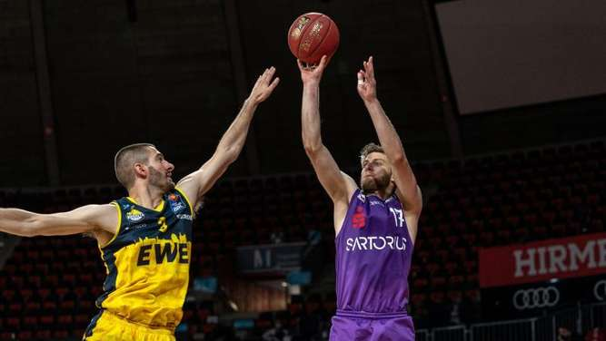 EWE Baskets Oldenburg besiegen BG Göttingen