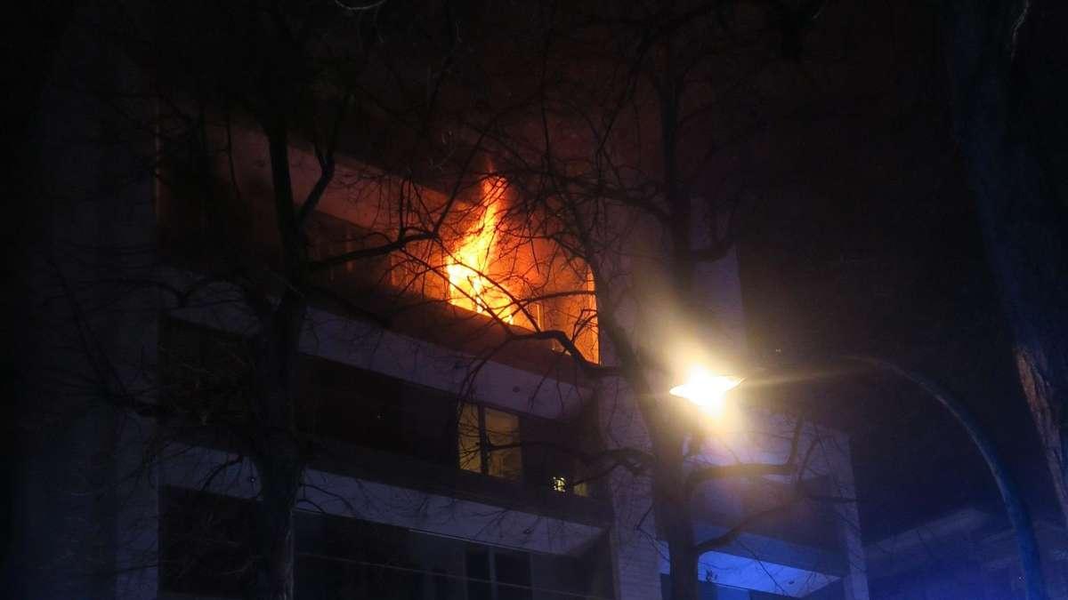 Frankfurt: Verheerender Wohnungsbrand  Toter soll Star-Gastronom sein